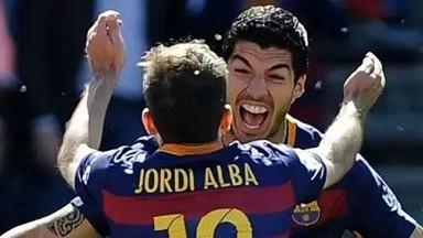 برشلونة يتوج بالدوري الاسباني لكرة القدم