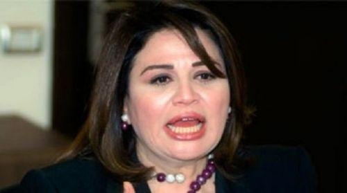 إلهام شاهين : انا مش هاتجوز اي حمار ..!