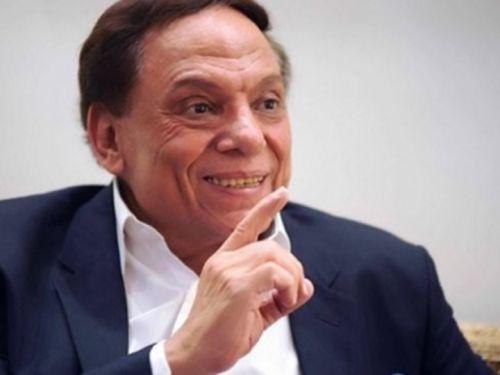10 آلاف مصري يطلبون ثروة عادل امام