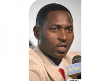 الاتحاد العام يتحدي الوزير و يصدر بيانا و يؤكد قيام جمعيته العمومية