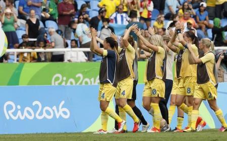 السويد تقص شريط منافسات كرة القدم للسيدات في ريو بالفوز على جنوب افريقيا