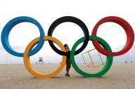 الاسترالية سكينر تفوز بذهبية الاطباق من الحفرة في ريو