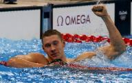 السباح ميرفي يحافظ على هيمنة أمريكا على سباق 100 متر ظهرا بالاولمبياد