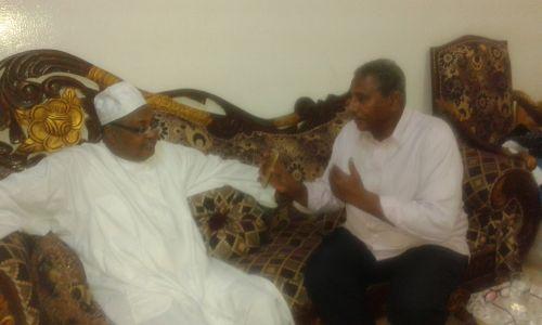 حسن عبدالسلام (الصاقعة): جمال الوالي  يصدر قرارات فردية دون الرجوع للمجلس
