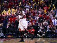 باتلر يقود بولز للفوز على ليكرز في دوري السلة الأمريكي