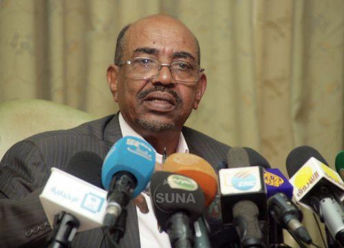 تفاصيل إعفاء محافظ بنك السودان بقرار جمهوري