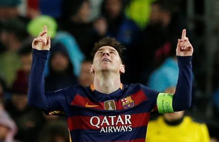 صحيفة ميرور : ميسي سيجدد عقده لبرشلونة