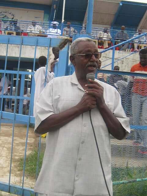 رئيس اتحاد الكرة ينعى رئيس إتحاد طابت السابق