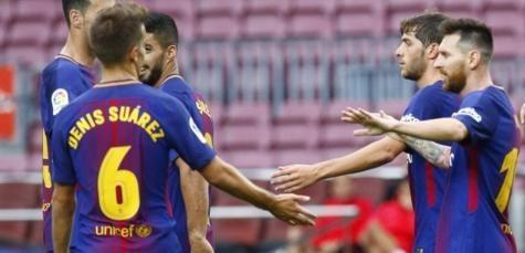 برشلونة يفوز على لاس بالماس بثلاثية