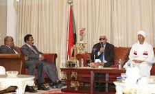 وزير الإعلام يلتقي إعلاميين وصحفيين سودانيين بالرياض
