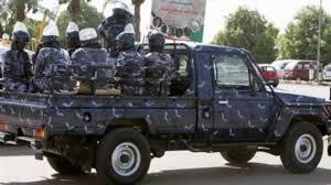 مباحث شرطة الخرطوم توقف أخطر مروج للخمور المستوردة