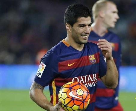 برشلونة يجندل روما برباعية ويضع قدما في نصف النهائي