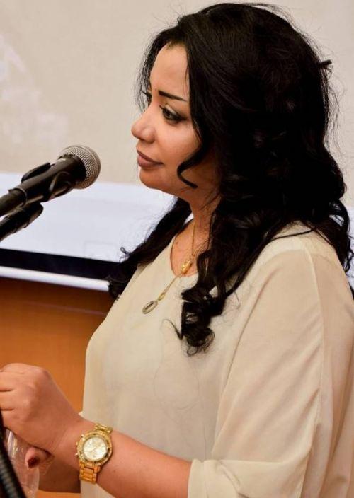 """تلفزيون السودان يكسب سمية سيد بـ """"فن زمان"""""""