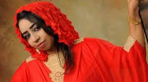 نسرين هندي:انا ما مطربة أعراس ،ما بتحمل واحد ينطط قدامي