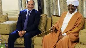 السفير المصري بالخرطوم : علاقاتنا تتطور