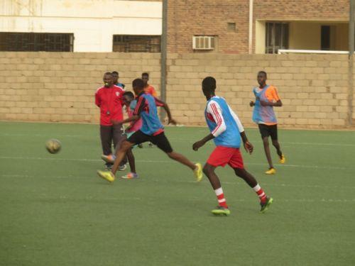 منتخب الشباب يتدرب صباحاً ويلتقي منتخب الشباب قبل السفر لتنزانيا