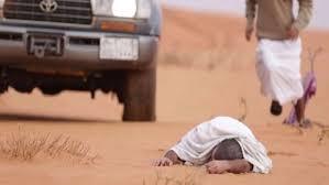 في موقف طريف ..راع سوداني يُقيد كفيله ويخاطبه بالعامية