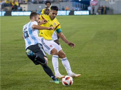 ودية .. الأرجنتين وكولومبيا يكتفيان بالتعادل