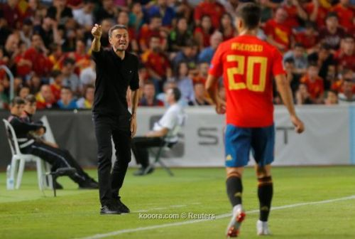 غضب برشلونة في بسبب مشروع إنريكي