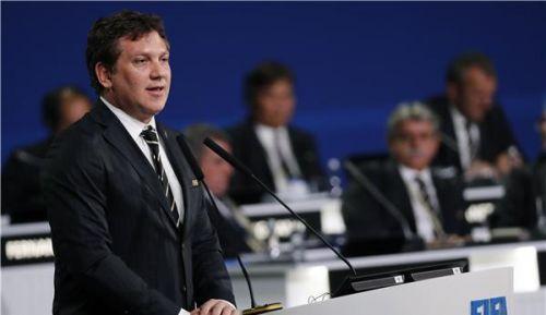 """أليخاندرو  رئيس """"كونميبول"""" يفسر سبب إقامة السوبر كلاسيكو خارج الأرجنتين"""