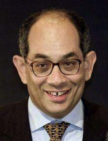 وزير مصري يسب الدين داخل قبة البرلمان وضغوط شعبية لاقالته
