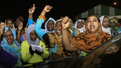 السودان ..اعتقال عشرات النساء في تظاهرة ام درمان