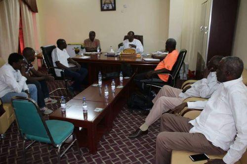 اللجنة المنظمة لمباراتي المنتخبين الأول والأولمبي تجتمع برئاسة باني