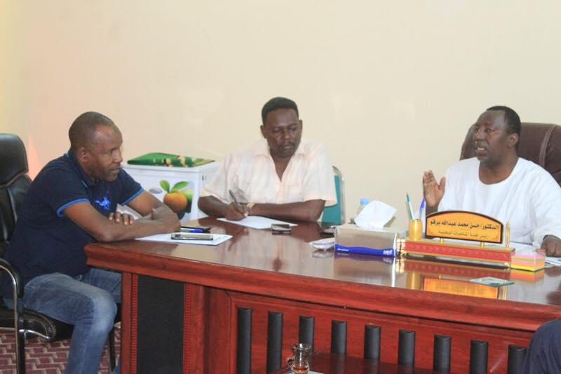 برقو يجتمع بمدرب المنتخبات ويطالب بتنفيذ الخطط