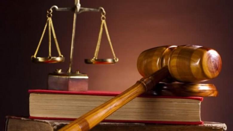 النيابة ترفع الحصانة عن عددا من ضباط الامن توطئة لمحاكمتهم
