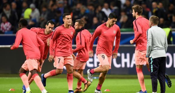 برشلونة يهزم الافيس بهدفين ويقترب خطوة من اللقب