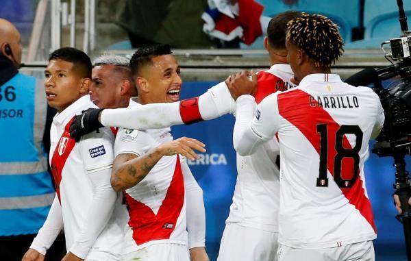 بيرو تهزم شيلي بثلاثية وتضرب موعدا مع البرازيلي في نهائي كوبا امريكا