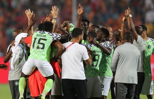 نيجيريا تترشح لتصف نهائي الكان على حساب جنوب افريقيا