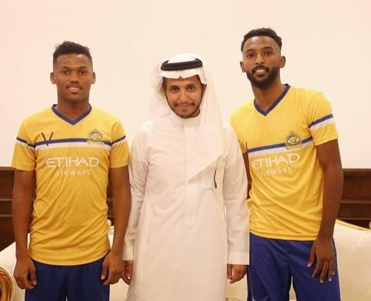 النصر السعودي يوقع مع لاعبين وطنيين