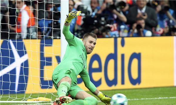ادريان بطل ليفربول الجديد وحاصد السوبر الاوروبي