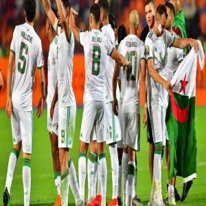 كولمبيا تخسر بثلاثية من الجزائر ودبا