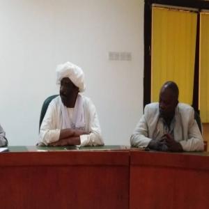مؤتمر صحفي ناجح للجنة تأبين الأستاذ أحمد محمد الحسن