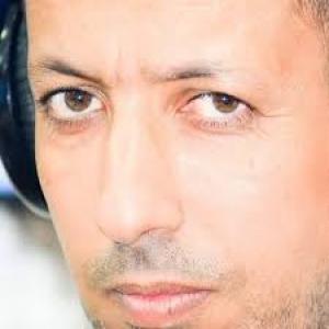 نجم اللتوال هشام جمعة يفجرها عبر كفرووتر ..لعدالة المنافسة اتمنى مرافقة الهلال لنصف نهائي الابطال