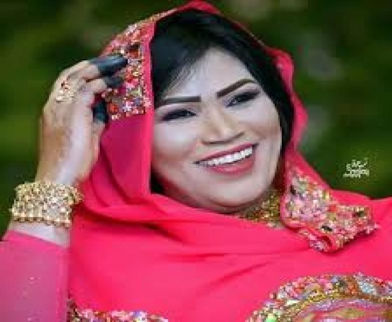 انصاف مدني:غنيت للبشير عشان احصل على قرشين تلاتة ولكن للاسف