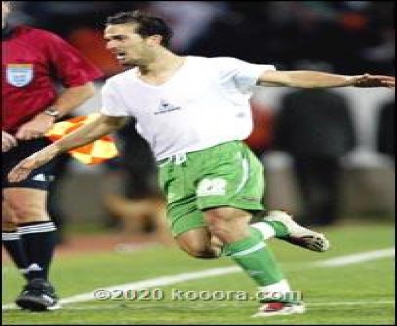 """في الذاكرة..هدف """"الحرامي"""" وهدية جامبيا ضمن لحظات لا تنسى بتاريخ الجزائر"""