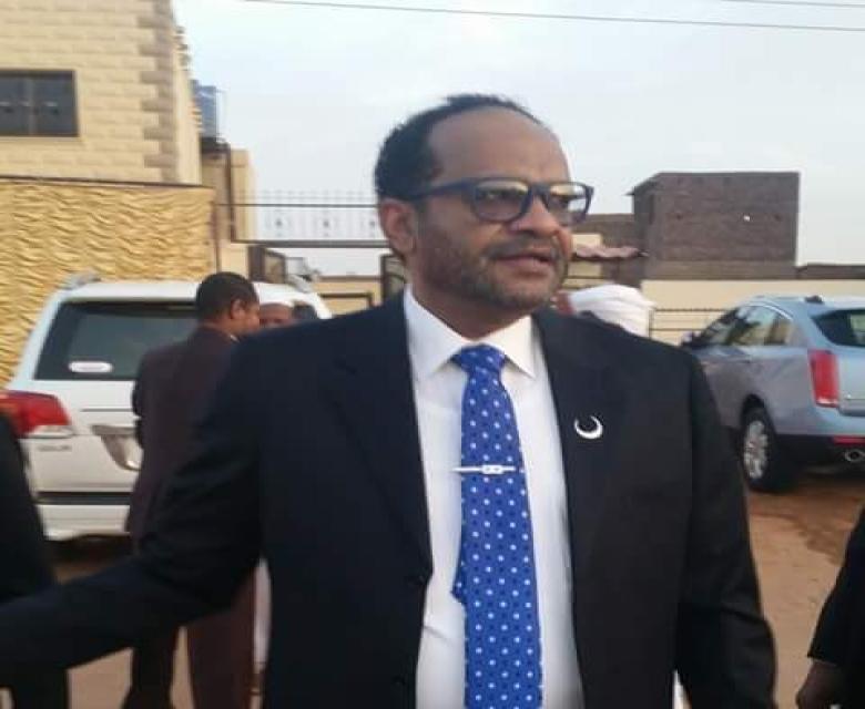 الخندقاوي يؤكد جاهزيته لقيادة لجنة تطبيع الهلال