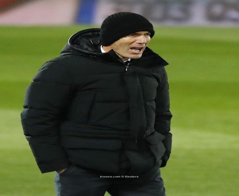 زيدان:سعيد لتألق بنزيما والفوز على برشلونة