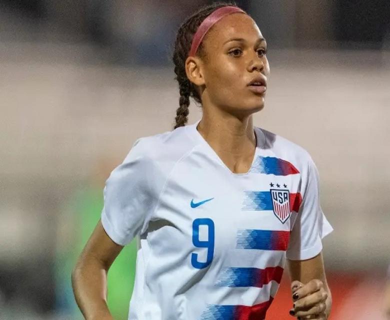 كرة قدم نسائية..ابنة رودمان تظهر للمرة الأولى بالدوري الأمريكي