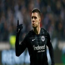 فرانكفورت يضع شروطا جديدة لانتقال لوكا للريال